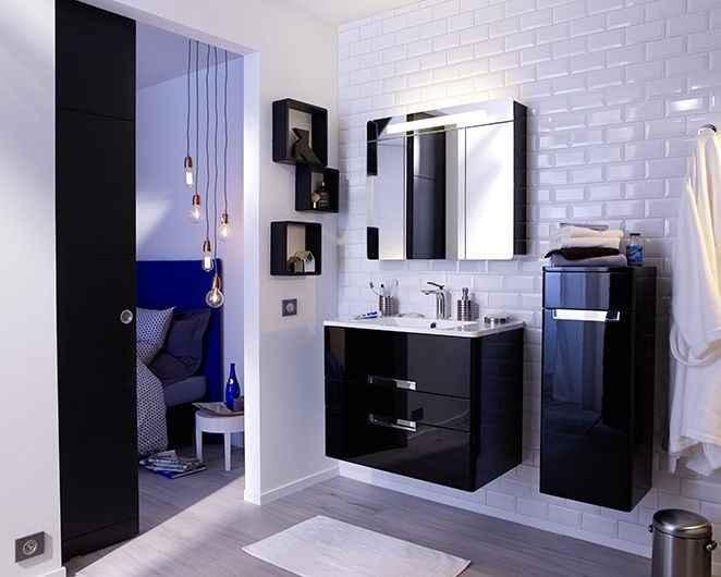 Modèles de salle de bains compactes et modernes